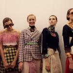 Мода на сочетание клетки в одежде весной 2018 года